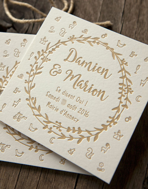 Invitation de mariage avec impression letterpress de couleur kraft sur buvard 500g / wedding letterpress invite in kraft color - design Marion Pierret