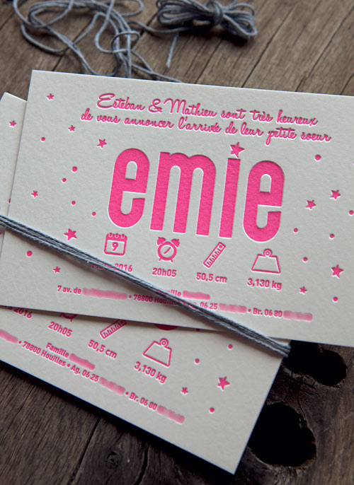 Faire-part de naissance Emie en rose fluo 806U - modèle Cocorico Letterpress personnalisable / Customizable baby girl birth announcement card in neon pink