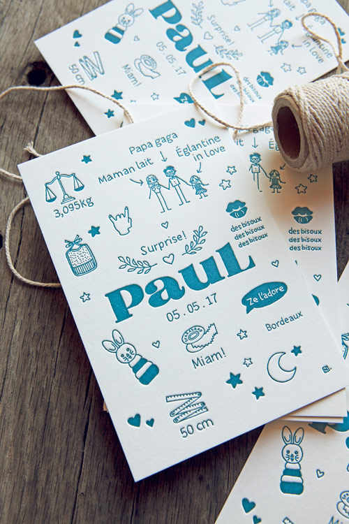 Le faire-part de Paul est illustré des petits dessins fait par son papa / Baby boy birth announcement card printed in petrol blue by Cocorico Letterpress